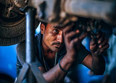 汽车制造及零部件生产与装配