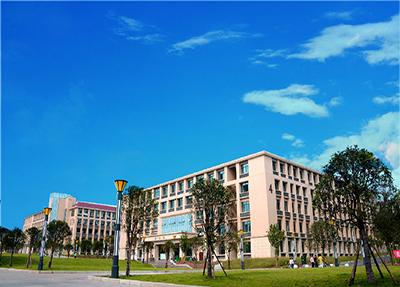校园风光.jpg