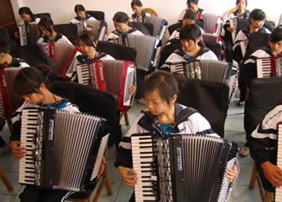 手风琴训练.jpg