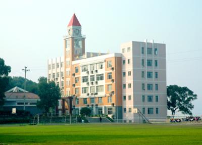 巴中南江東榆職業學校